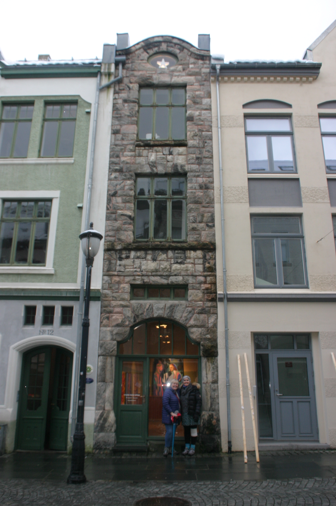 Day 02 Alesund 034 Norway's narrowest building